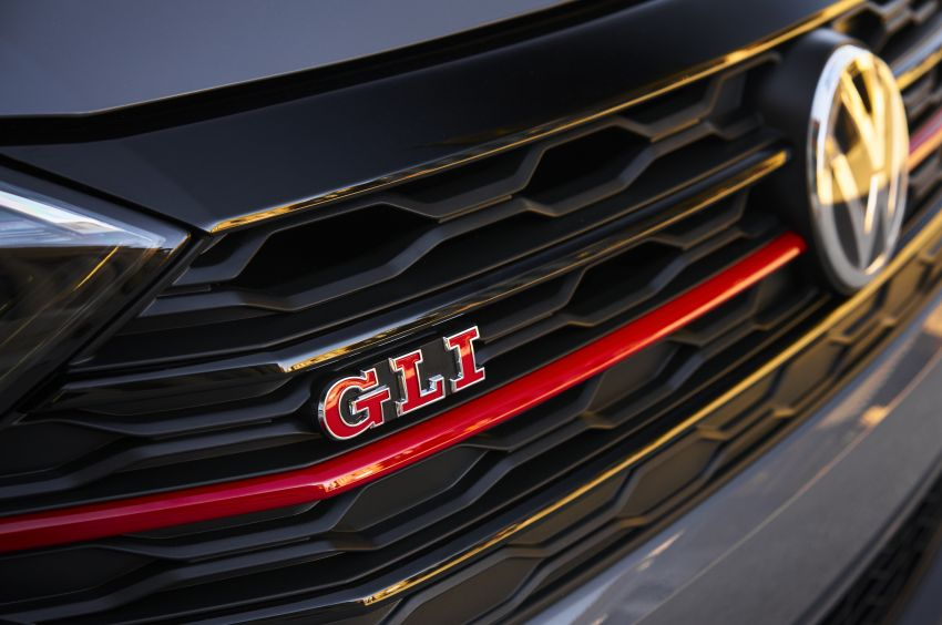 2019 Volkswagen Jetta GLI debuts in Chicago – 228 hp from the Golf GTI, six-speed manual, LSD standard Image #919765