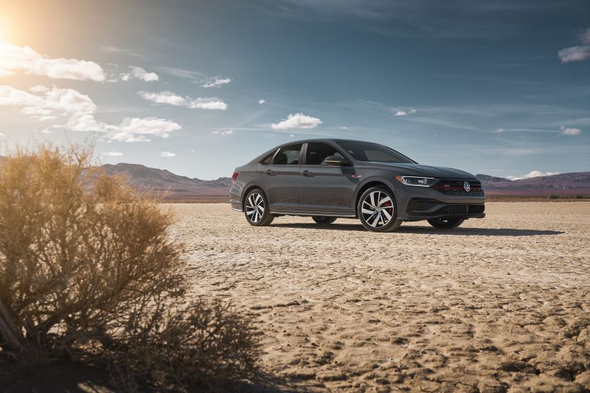 2019 Volkswagen Jetta GLI debuts in Chicago – 228 hp from the Golf GTI, six-speed manual, LSD standard Image #919767