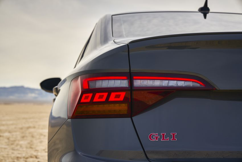 2019 Volkswagen Jetta GLI debuts in Chicago – 228 hp from the Golf GTI, six-speed manual, LSD standard Image #919775