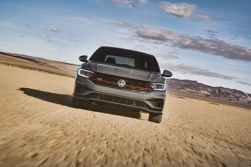 2019 Volkswagen Jetta GLI debuts in Chicago – 228 hp from the Golf GTI, six-speed manual, LSD standard Image #919752