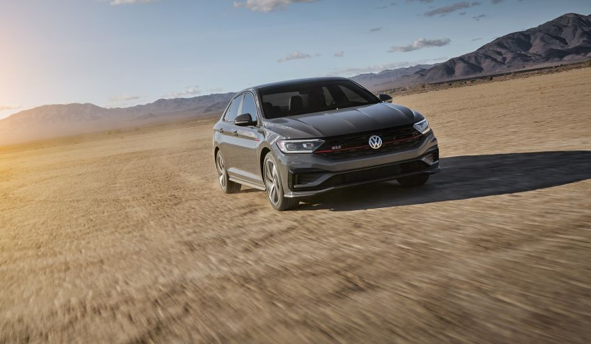 2019 Volkswagen Jetta GLI debuts in Chicago – 228 hp from the Golf GTI, six-speed manual, LSD standard Image #919754