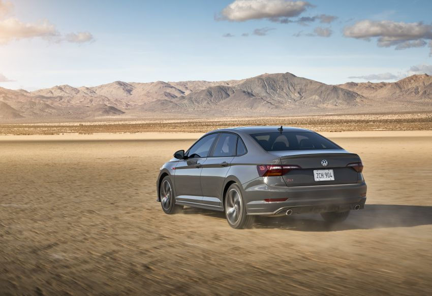 2019 Volkswagen Jetta GLI debuts in Chicago – 228 hp from the Golf GTI, six-speed manual, LSD standard Image #919756