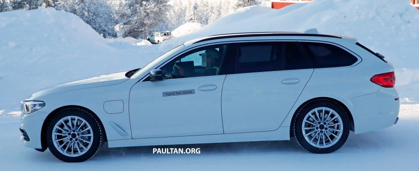 SPIED: BMW 5 Series Touring plug-in hybrid testing Image #920496