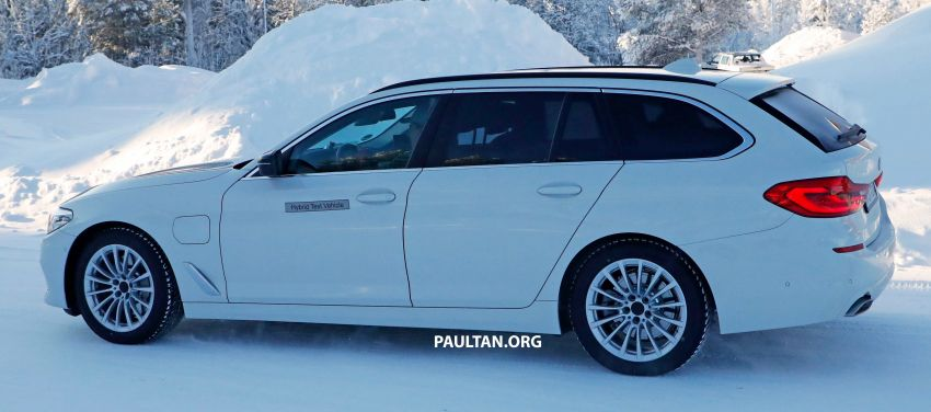 SPIED: BMW 5 Series Touring plug-in hybrid testing Image #920497