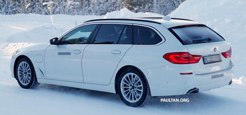SPIED: BMW 5 Series Touring plug-in hybrid testing Image #920498