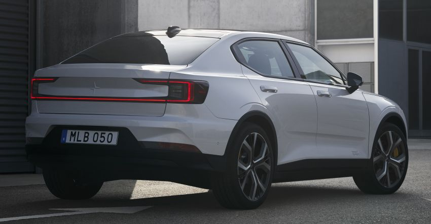 Polestar 2 revealed – production Volvo 40.2 is all-electric with 408 hp, 660 Nm and 500 km of range Image #927585