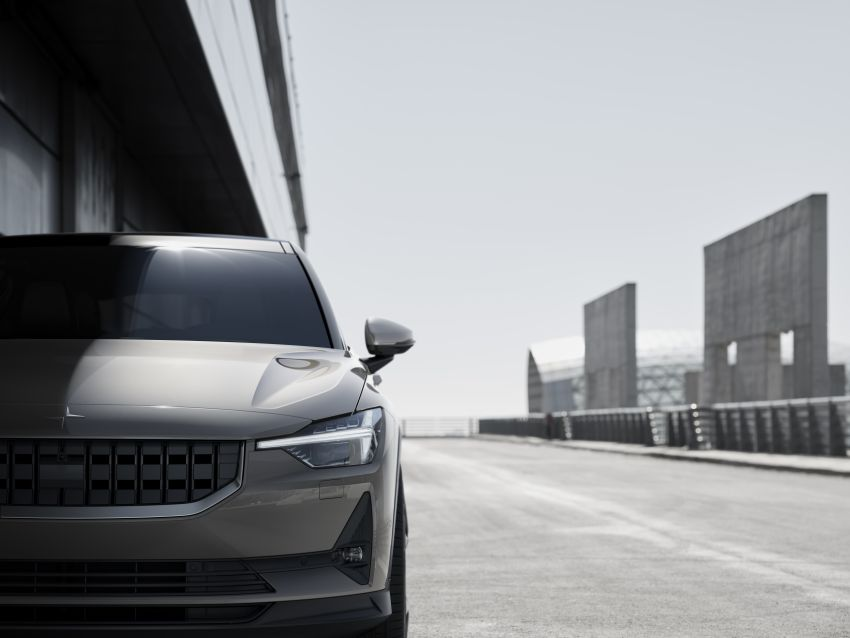 Polestar 2 revealed – production Volvo 40.2 is all-electric with 408 hp, 660 Nm and 500 km of range Image #927598