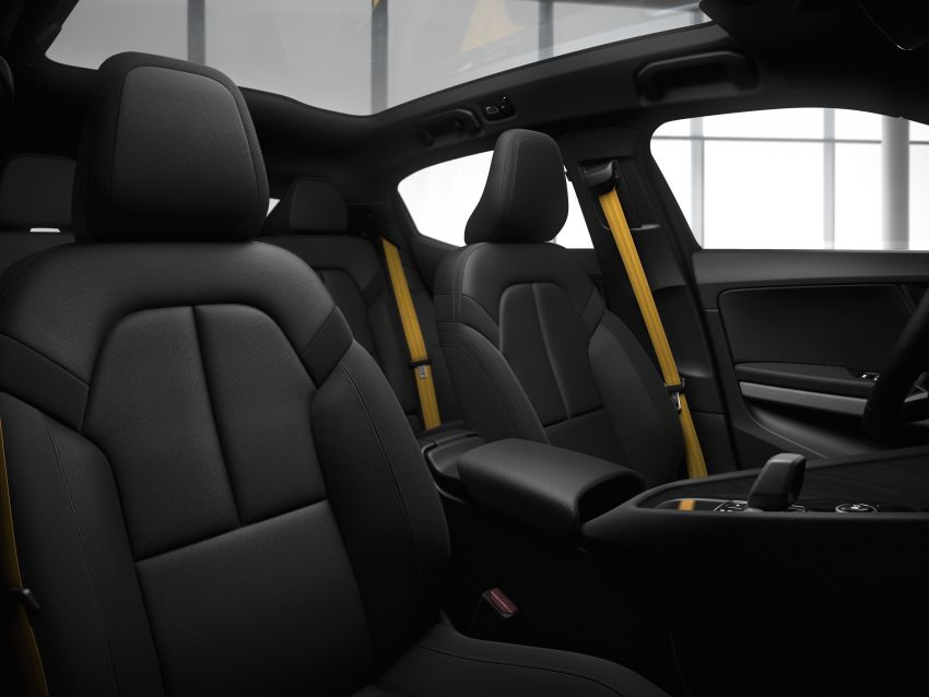 Polestar 2 revealed – production Volvo 40.2 is all-electric with 408 hp, 660 Nm and 500 km of range Image #927609