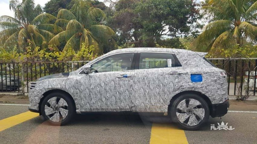 SPYSHOTS: Geely Binyue B-segment SUV spotted testing in Malaysia – new Proton X50 on the way? Image #924255