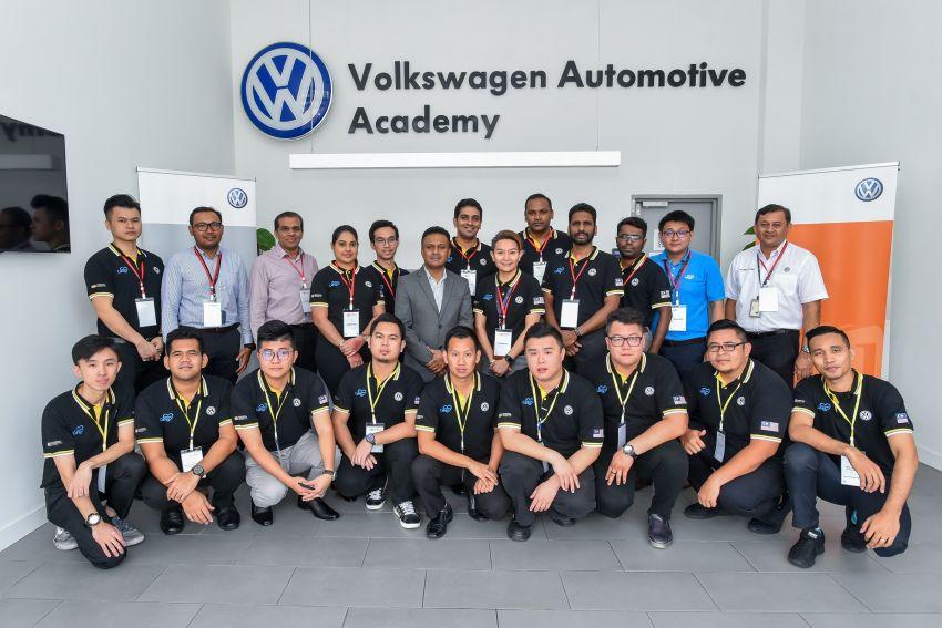 Dealer staff participate in Volkswagen Retail Qualification World Championship national finals Image #926450