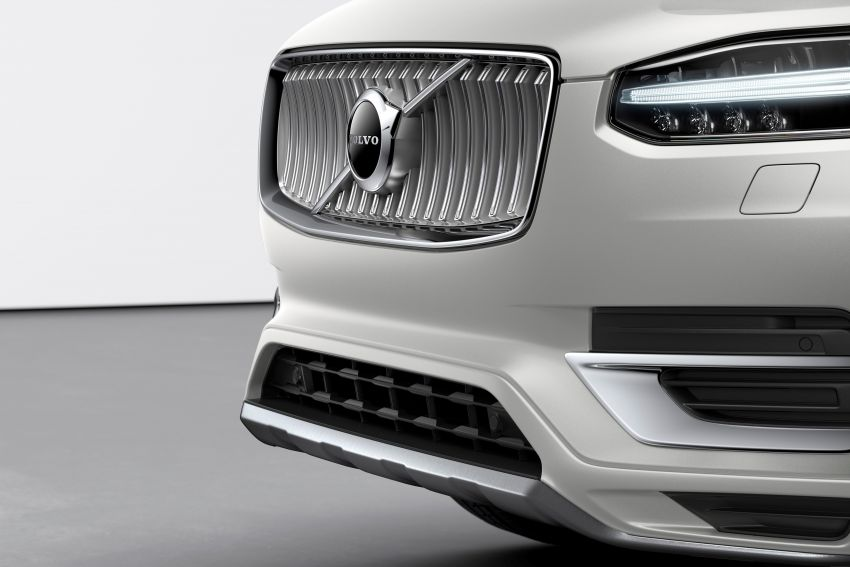 2020 Volvo XC90 facelift unveiled – 420 PS T8 Twin Engine; 48V ISG mild hybrid models to join line-up Image #925104