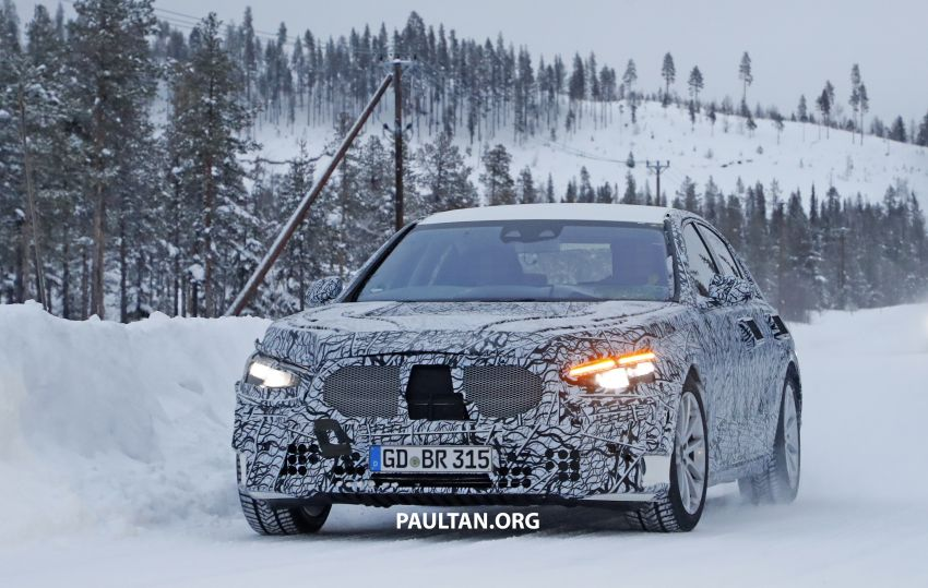 SPYSHOTS: W223 Mercedes-Benz S-Class spotted testing again – interior reveals large touchscreen Image #922675