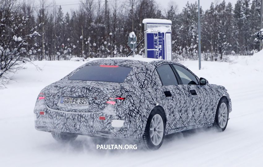 SPYSHOTS: W223 Mercedes-Benz S-Class spotted testing again – interior reveals large touchscreen Image #922697