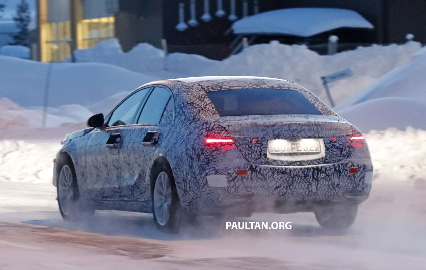 SPYSHOTS: W223 Mercedes-Benz S-Class spotted testing again – interior reveals large touchscreen Image #922700