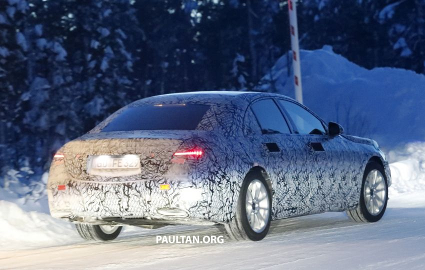 SPYSHOTS: W223 Mercedes-Benz S-Class spotted testing again – interior reveals large touchscreen Image #922703