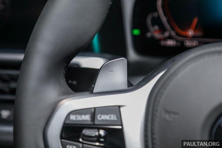 BMW 3 Series G20 dilancarkan di M'sia – 330i M Sport, 2.0L TwinPower, 258 hp/400 Nm, harga RM328,800 Image #940246