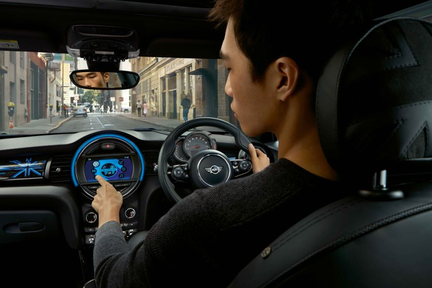 Latest-gen MINI Connected now in Malaysia – standard on all YM 2019 models, price higher but with better kit Image #931077