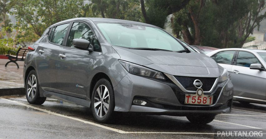 driven 2019 nissan leaf second generation electric vehicle now revamped but how normal is it. Black Bedroom Furniture Sets. Home Design Ideas
