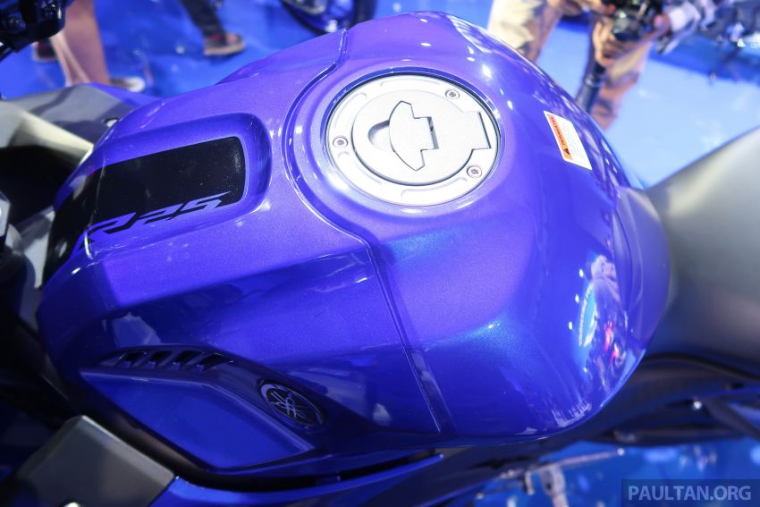 2019 Yamaha YZF-R25 price announced – RM19,998 Image #936468