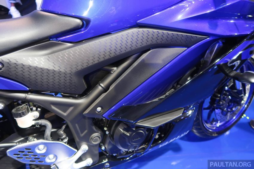 2019 Yamaha YZF-R25 price announced – RM19,998 Image #936473