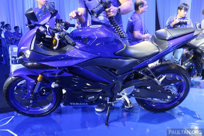 2019 Yamaha YZF-R25 price announced – RM19,998 Image #936478
