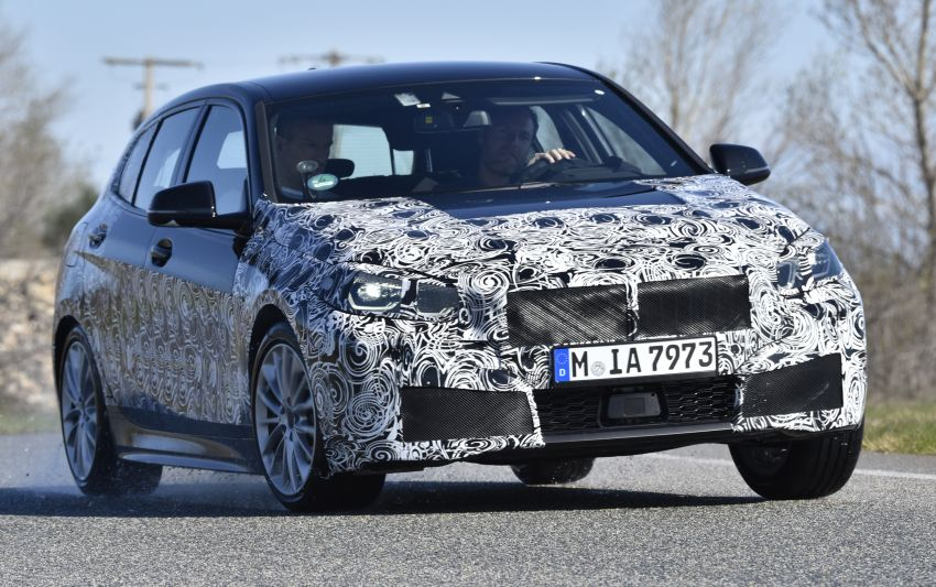 F40 BMW 1 Series previewed – front-wheel drive with more interior space, M135i gets 306 hp and AWD Image #939360