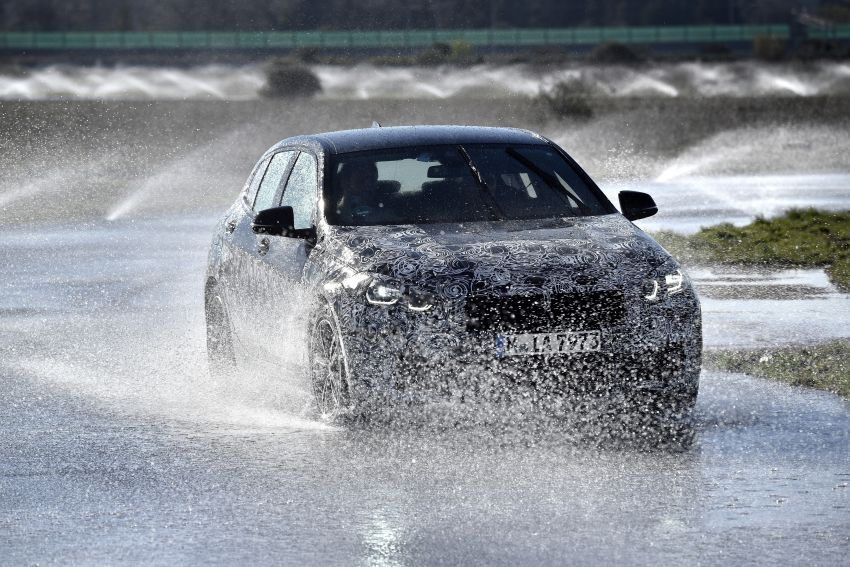 F40 BMW 1 Series previewed – front-wheel drive with more interior space, M135i gets 306 hp and AWD Image #939352