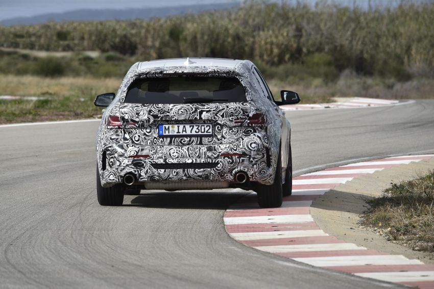 F40 BMW 1 Series previewed – front-wheel drive with more interior space, M135i gets 306 hp and AWD Image #939379