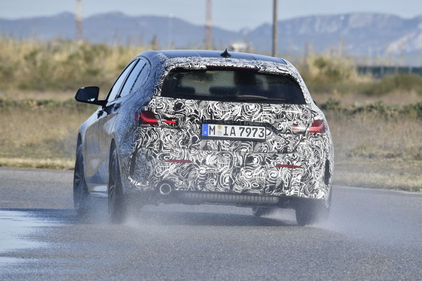 F40 BMW 1 Series previewed – front-wheel drive with more interior space, M135i gets 306 hp and AWD Image #939354