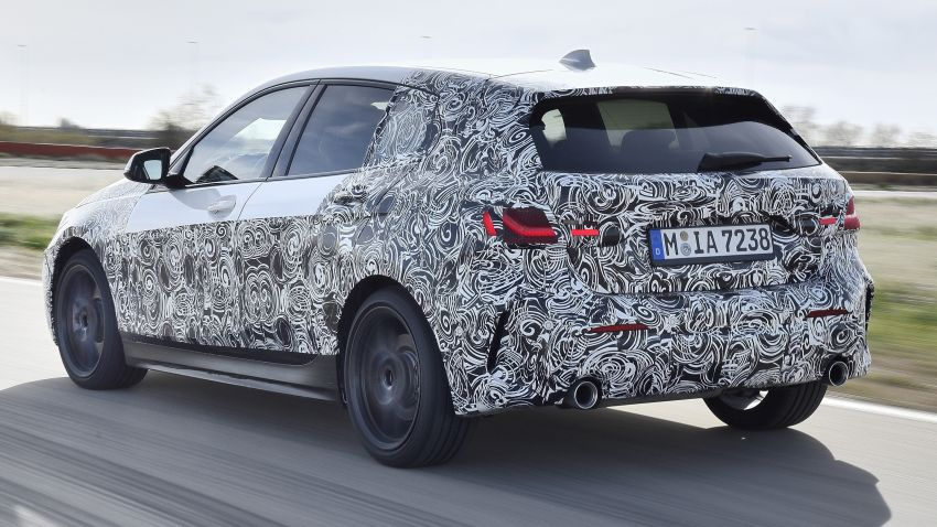 F40 BMW 1 Series previewed – front-wheel drive with more interior space, M135i gets 306 hp and AWD Image #939359