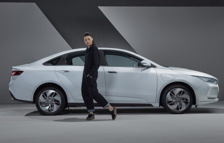 Geely GE11 electric sedan – more photos and details Image #928467