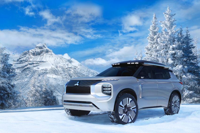 Mitsubishi Engelberg Tourer – PHEV SUV concept with 20 kWh battery, 70 km EV range, 700 km combined Image #932192