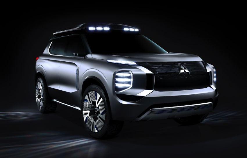 Mitsubishi Engelberg Tourer – PHEV SUV concept with 20 kWh battery, 70 km EV range, 700 km combined Image #932193