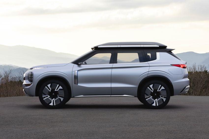 Mitsubishi Engelberg Tourer – PHEV SUV concept with 20 kWh battery, 70 km EV range, 700 km combined Image #932197