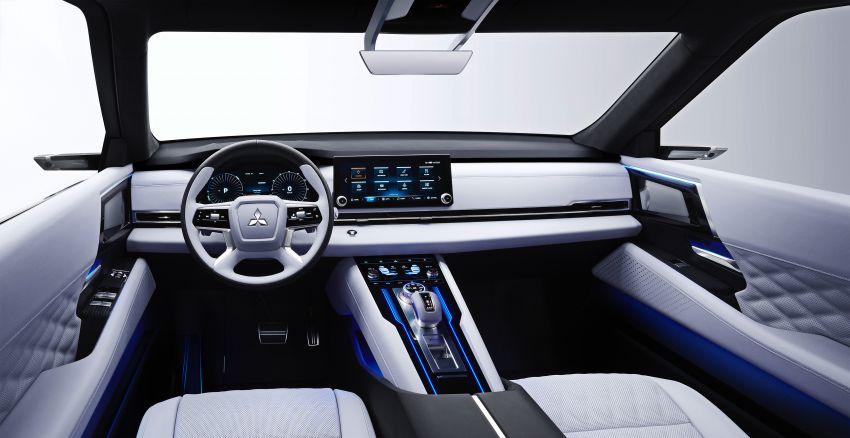 Mitsubishi Engelberg Tourer – PHEV SUV concept with 20 kWh battery, 70 km EV range, 700 km combined Image #932212