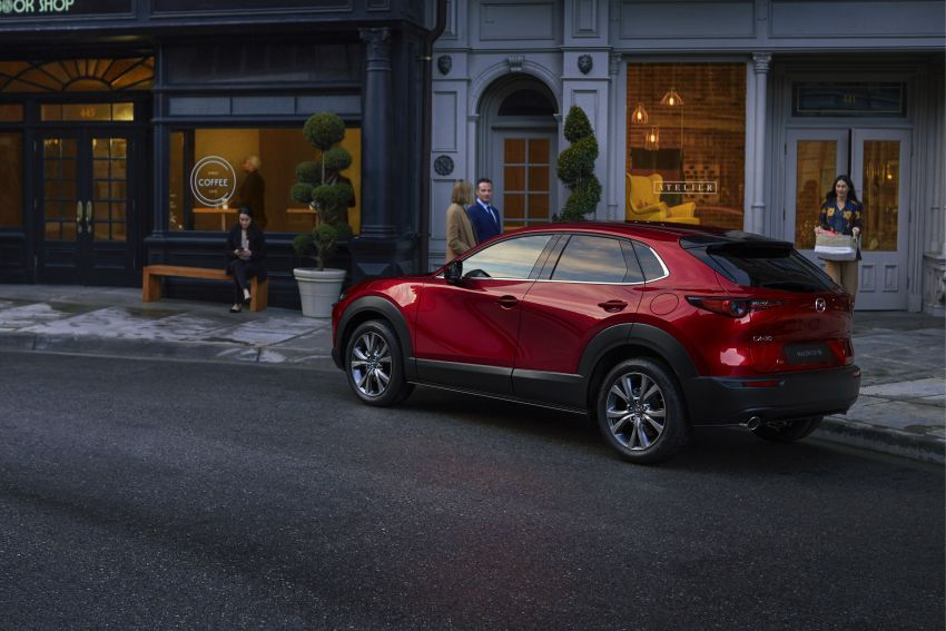 Mazda CX-30 makes its debut at Geneva Motor Show – new SUV is positioned between the CX-3 and CX-5 Image #930049
