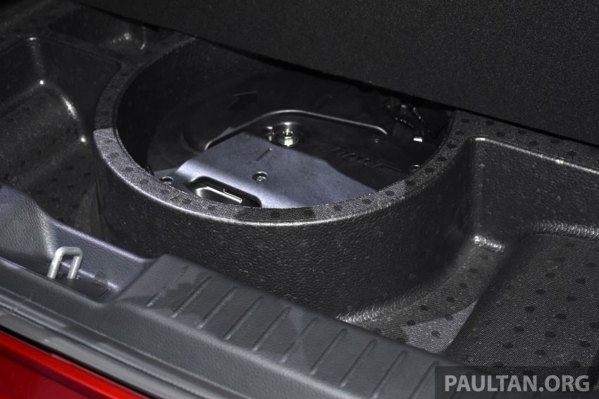 Mazda CX-30 tampil di Geneva Motor Show – SUV baharu yang diposisikan antara CX-3 dan CX-5 Image #930718