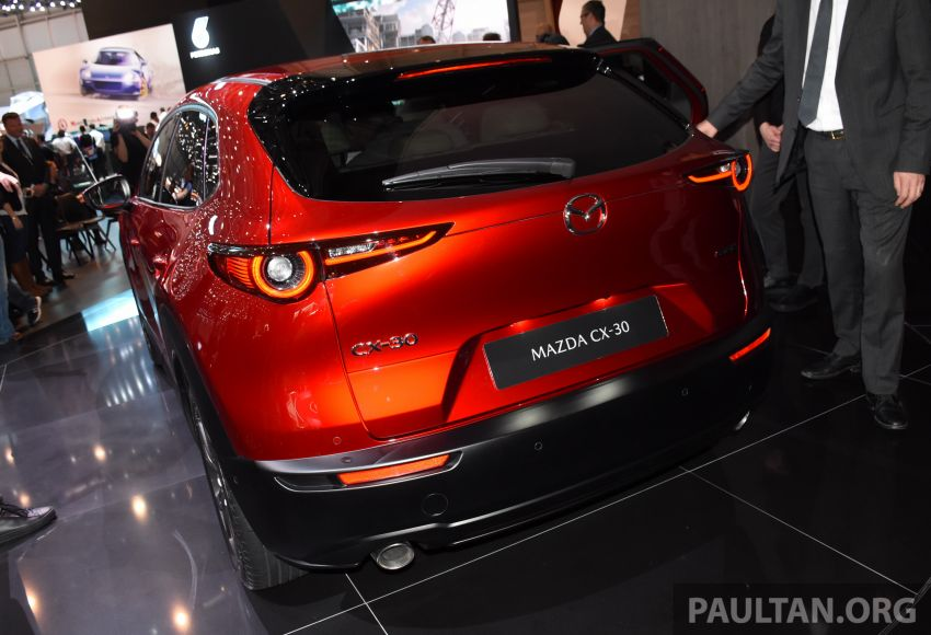Mazda CX-30 makes its debut at Geneva Motor Show – new SUV is positioned between the CX-3 and CX-5 Image #930633