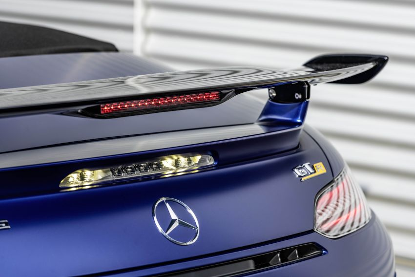 Mercedes-AMG GT R Roadster debuts – only 750 units Image #929382