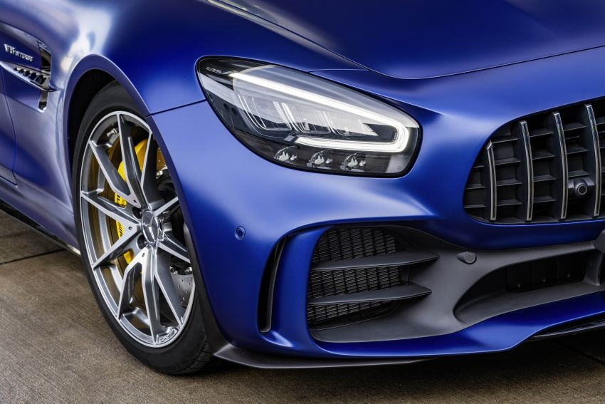Mercedes-AMG GT R Roadster debuts – only 750 units Image #929405