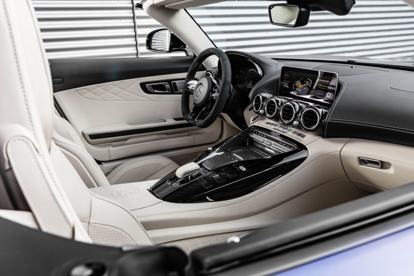 Mercedes-AMG GT R Roadster debuts – only 750 units Image #929424