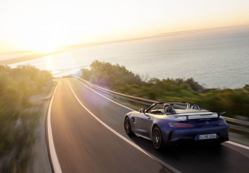 Mercedes-AMG GT R Roadster debuts – only 750 units Image #929448