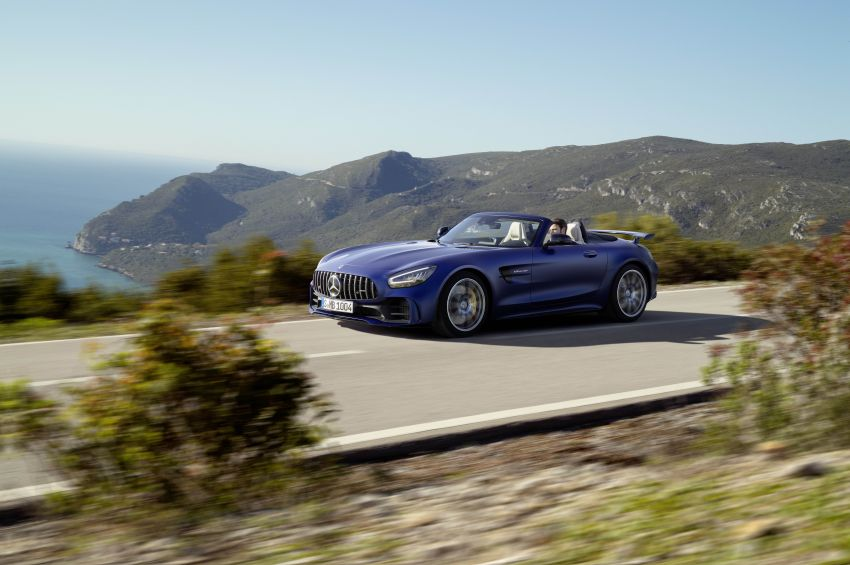 Mercedes-AMG GT R Roadster debuts – only 750 units Image #929451