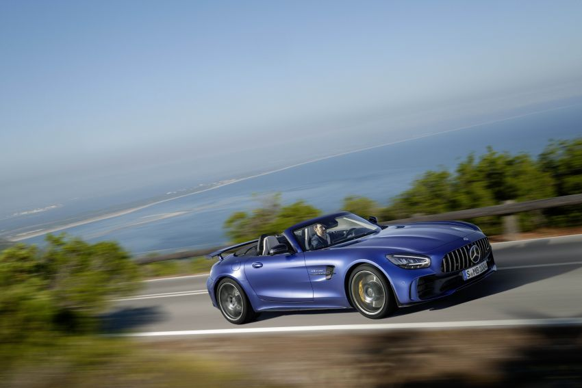 Mercedes-AMG GT R Roadster debuts – only 750 units Image #929454