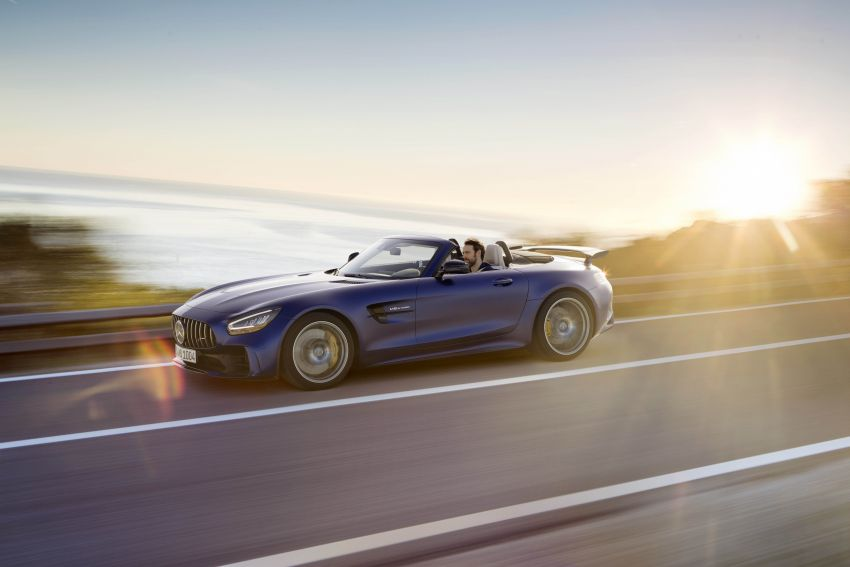 Mercedes-AMG GT R Roadster debuts – only 750 units Image #929456