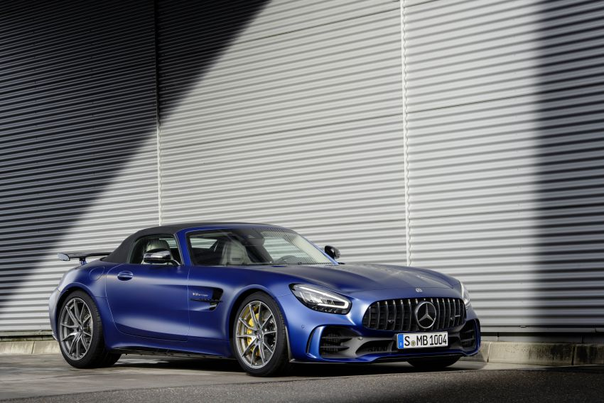 Mercedes-AMG GT R Roadster debuts – only 750 units Image #929356