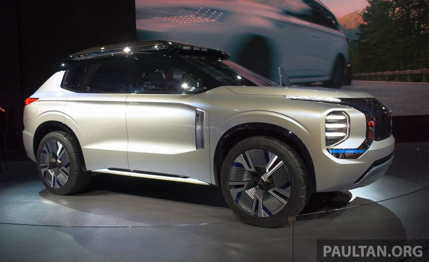 Mitsubishi Engelberg Tourer – PHEV SUV concept with 20 kWh battery, 70 km EV range, 700 km combined Image #932220
