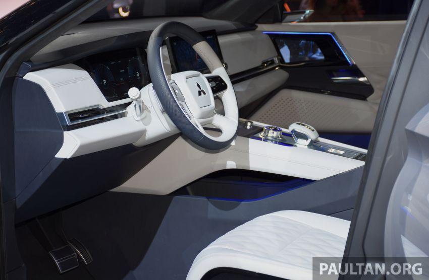Mitsubishi Engelberg Tourer – PHEV SUV concept with 20 kWh battery, 70 km EV range, 700 km combined Image #932232