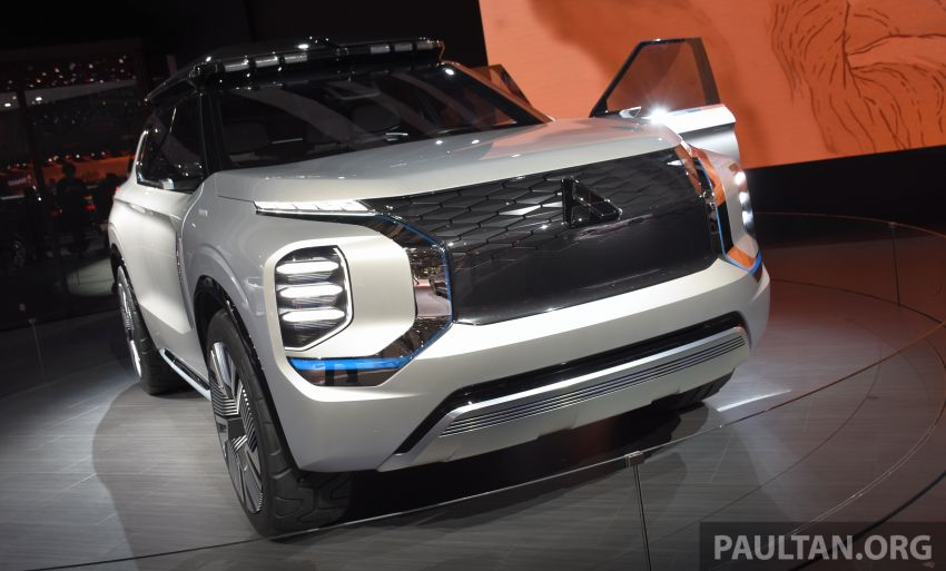 Mitsubishi Engelberg Tourer – PHEV SUV concept with 20 kWh battery, 70 km EV range, 700 km combined Image #932221