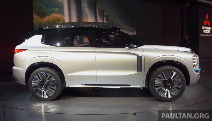 Mitsubishi Engelberg Tourer – PHEV SUV concept with 20 kWh battery, 70 km EV range, 700 km combined Image #932223